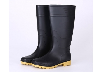 China 101-3 cheap black non safety work rain boots factory