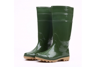 China 103-2 shiny green pvc rain boots factory